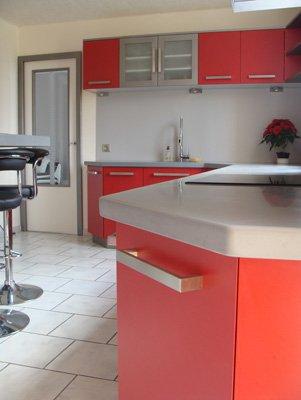 cuisine laqu e rouge nos r alisations. Black Bedroom Furniture Sets. Home Design Ideas