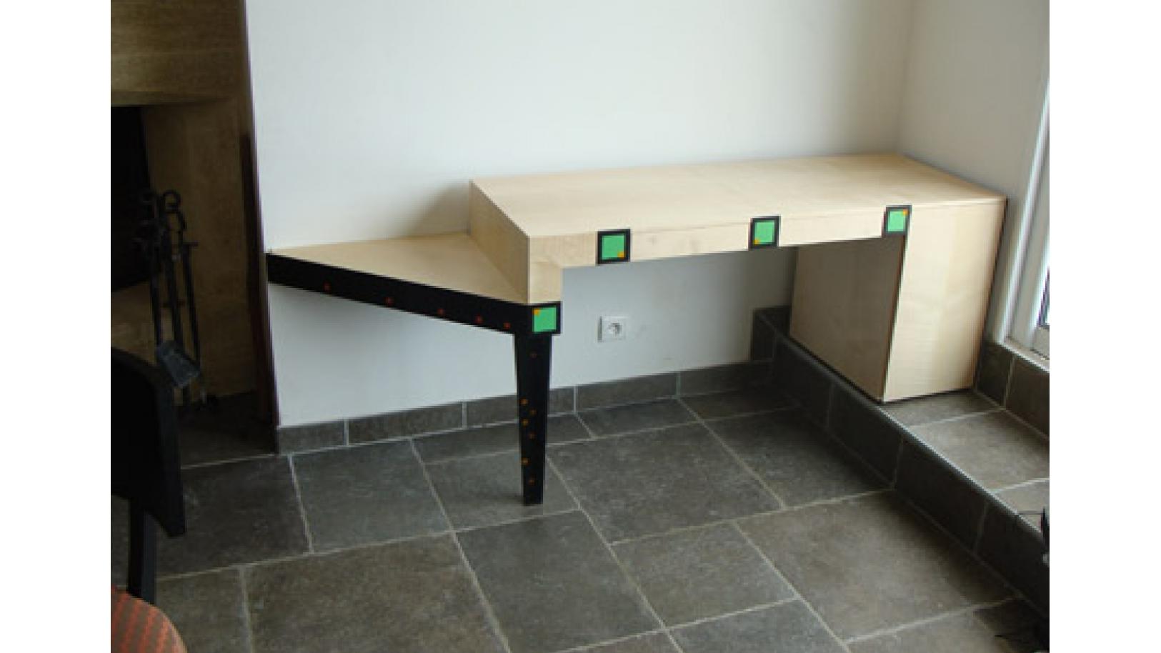 Bureau d 39 appoint nos r alisations de meubles for Bureau d appoint