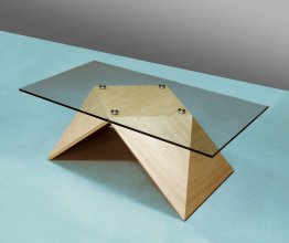 Table Pyramide